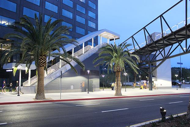 Universal City Pedestrian Bridge