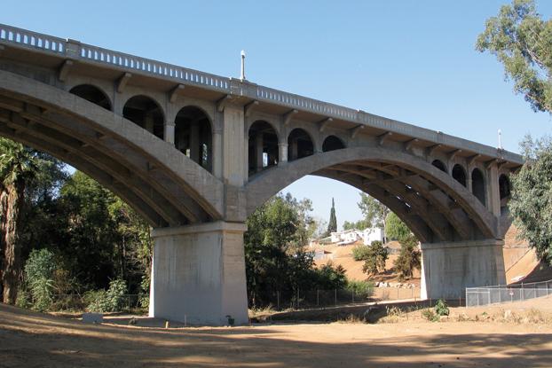 Victoria Avenue Bridge Seismic Retrofit